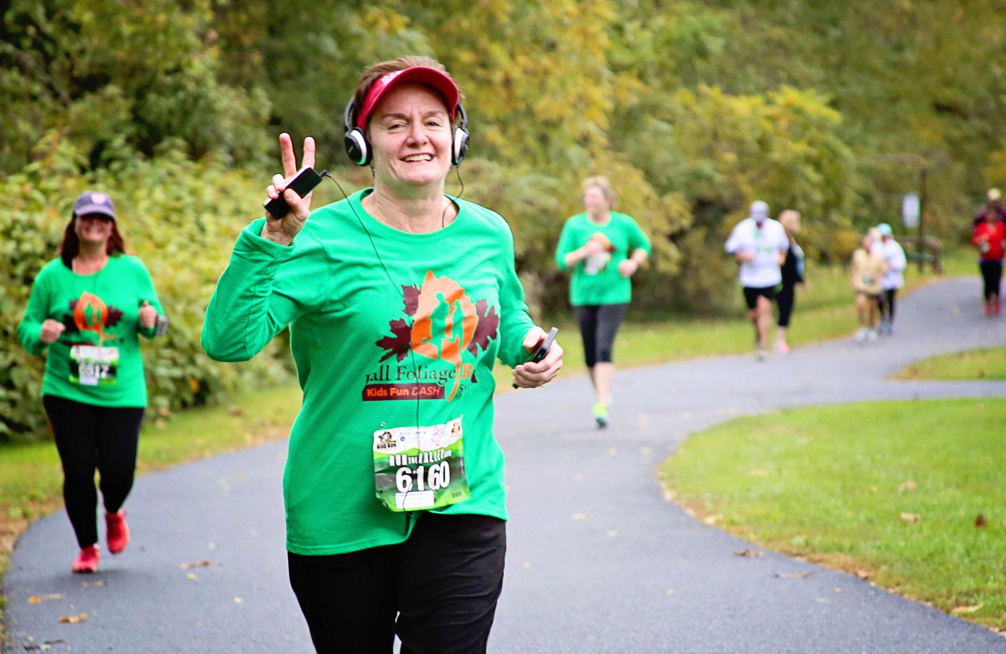 fall foliage race 5k 10k run the valley race series